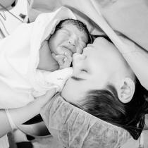 ankara-profesyonel-dogum-fotografcisi-acıbadem-anne bebek